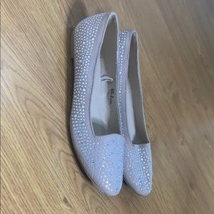 Beige sparkly flats size 8 cute comfortable shoe